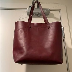 Handbags - The Madewell Transport Tote in Burgundy